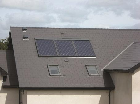 Three integrated Panels, Newbridge